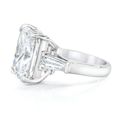 View 2. Thumbnail of Lot 17. Diamond Ring.