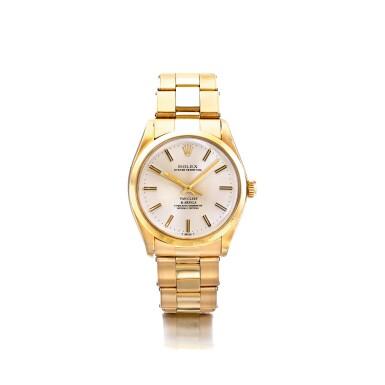 ROLEX   REF 1002/1005, RETAILED BY VAN CLEEF & ARPELS: A YELLOW GOLD AUTOMATIC CENTER SECONDS WRISTWATCH, CIRCA 1977   勞力士   零售商為梵克雅寶:1002/1005型號黃金自動上鏈腕錶,年份約1977