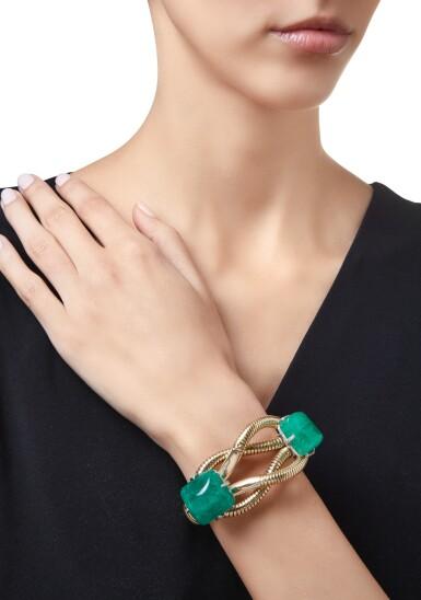 View 2. Thumbnail of Lot 594. GOLD, EMERALD AND DIAMOND BRACELET, CARTIER | 黃金鑲祖母綠配鑽石手鏈,卡地亞.