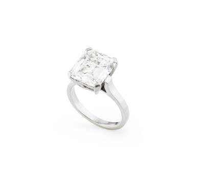 View 2. Thumbnail of Lot 181. Bague diamant   Diamond ring.