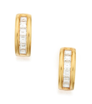 PAIR OF GOLD AND DIAMOND EARCLIPS, TIFFANY & CO.