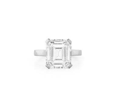 View 1. Thumbnail of Lot 181. Bague diamant   Diamond ring.