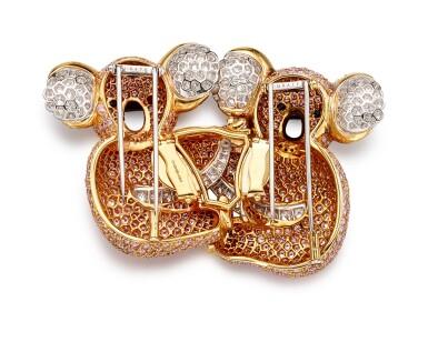 View 9. Thumbnail of Lot 1075. Coloured Diamond and Diamond Brooch | 格拉夫| 彩色鑽石 配 鑽石 胸針 (彩色鑽石及鑽石共重約19.30及3.40克拉).