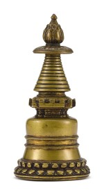 A BRONZE STUPA, TIBET, 13TH CENTURY    十三世紀 藏傳銅佛塔