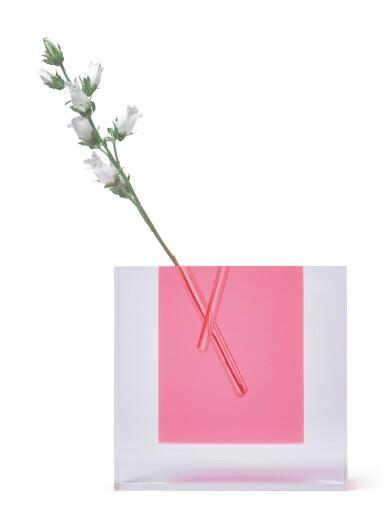 SHIRO KURAMATA | FLOWER VASE #2
