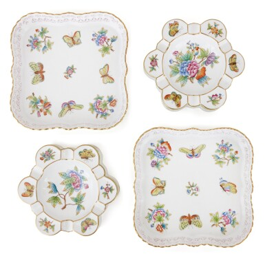 """View 2. Thumbnail of Lot 2. AN EXTENSIVE HEREND PORCELAIN """"VICTORIA"""" PATTERN COMPOSITE PART DINNER AND DESSERT SERVICE, 20TH CENTURY."""