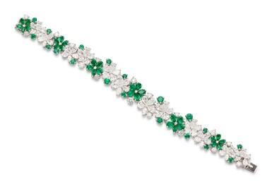 View 1. Thumbnail of Lot 1020. 'Carissa' Emerald and Diamond Bracelet | 格拉夫| 'Carissa' 祖母綠 配 鑽石 手鏈 (祖母綠及鑽石共重約9.30及17.40克拉).