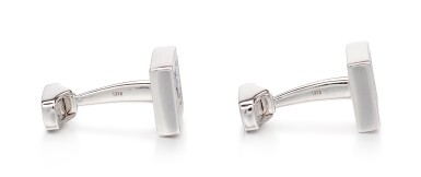 View 2. Thumbnail of Lot 1102. Pair of Sapphire and Diamond Cufflinks | 格拉夫| 藍寶石 配 鑽石 袖扣一對 (藍寶石及鑽石共重約1.50及1.40克拉).