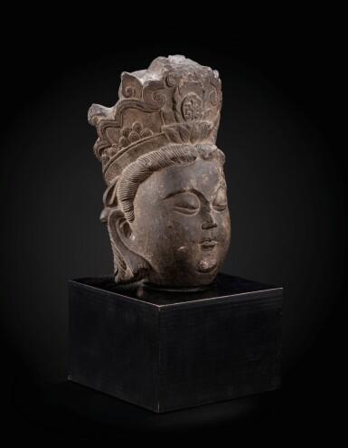 View 2. Thumbnail of Lot 36. A superb limestone head of a Bodhisattva, probably Avalokiteshvara Liao dynasty–Song dynasty | 遼至宋 石灰石雕菩薩頭像.