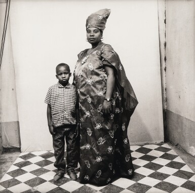 MALICK SIDIBÉ | PORTRAIT STUDIO, 1965