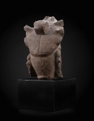 View 3. Thumbnail of Lot 36. A superb limestone head of a Bodhisattva, probably Avalokiteshvara Liao dynasty–Song dynasty | 遼至宋 石灰石雕菩薩頭像.