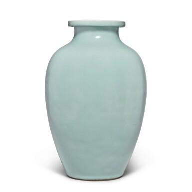 View 3. Thumbnail of Lot 82. A Guan-type ovoid jar, Qing dynasty, 18th / 19th century   清十八 / 十九世紀 仿官釉罐.
