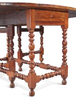 VERY RARE LARGE WILLIAM AND MARY TURNED AND JOINED WALNUT GATELEG DROP-LEAF TABLE, BOSTON, MASSACHUSETTS, CIRCA 1720