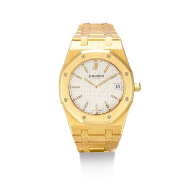 "View 1. Thumbnail of Lot 2091. AUDEMARS PIGUET | ROYAL OAK, REFERENCE 15202BA, A YELLOW GOLD BRACELET WATCH WITH DATE, CIRCA 2000 | 愛彼 | ""Royal Oak 型號15202BA 黃金鏈帶腕錶,備日期顯示,機芯編號415023,錶殼編號E-41585及14,約2000年製""."
