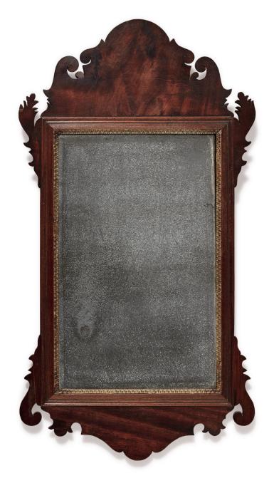 CHIPPENDALE FIGURED MAHOGANY LOOKING GLASS, LABELED JAMES STOKES, PHILADELPHIA, PENNSYLVANIA, CIRCA 1795
