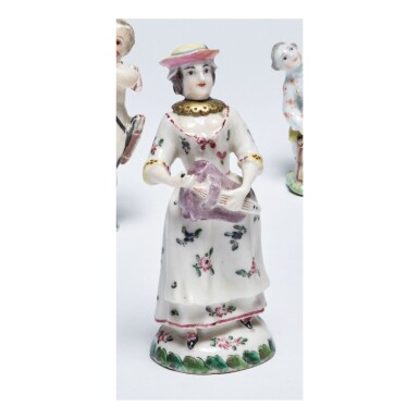 A ST. JAMES'S (CHARLES GOUYN) OR CHELSEA PORCELAIN SCENT BOTTLE AND STOPPER CIRCA 1755