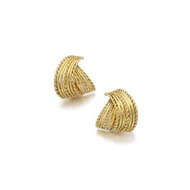 PAIR OF GOLD EAR CLIPS, VAN CLEEF & ARPELS