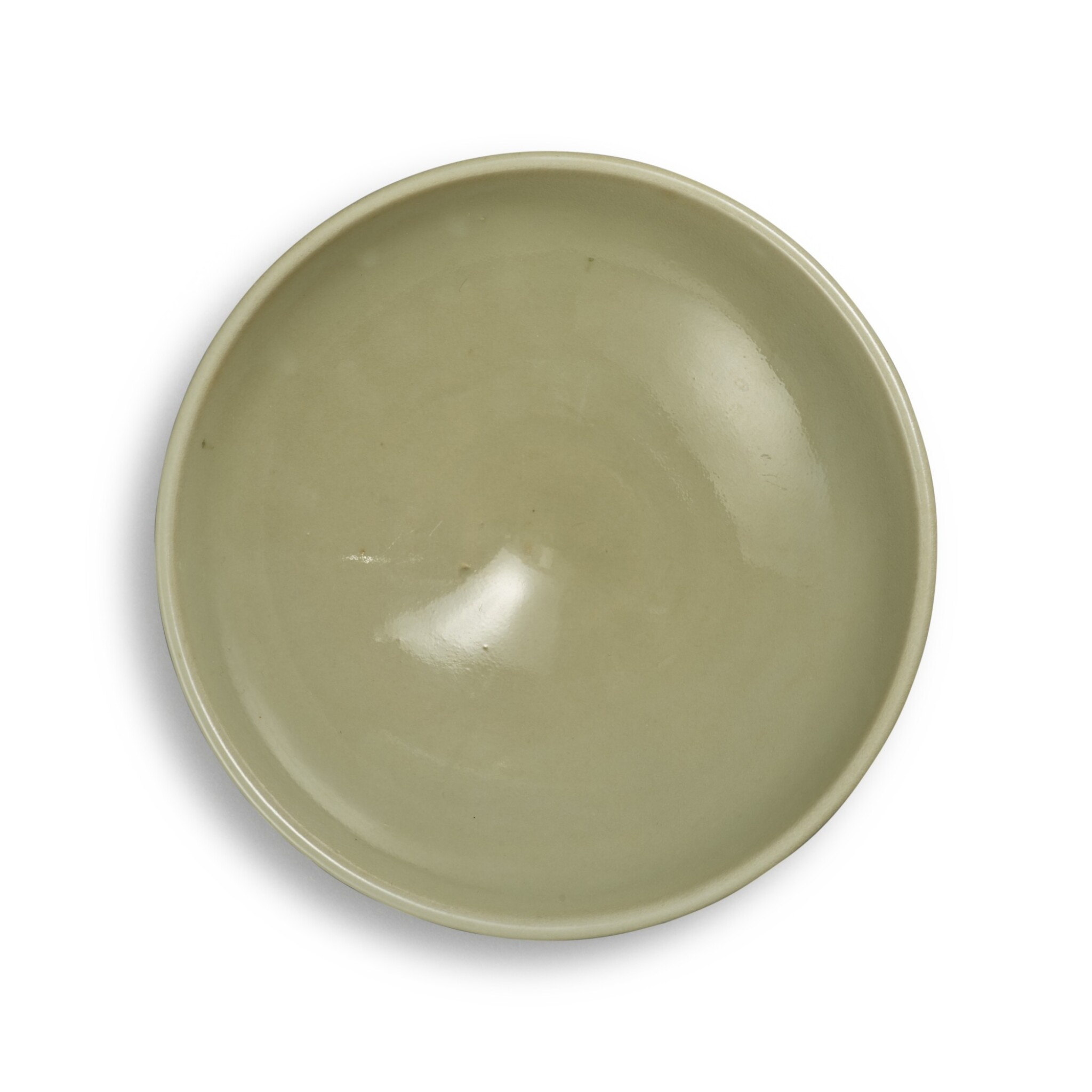 View full screen - View 1 of Lot 96. A 'Yaozhou' 'moon-white' glazed bowl, Northern Song - Jin dynasty | 北宋至金 耀州窰月白釉盌.