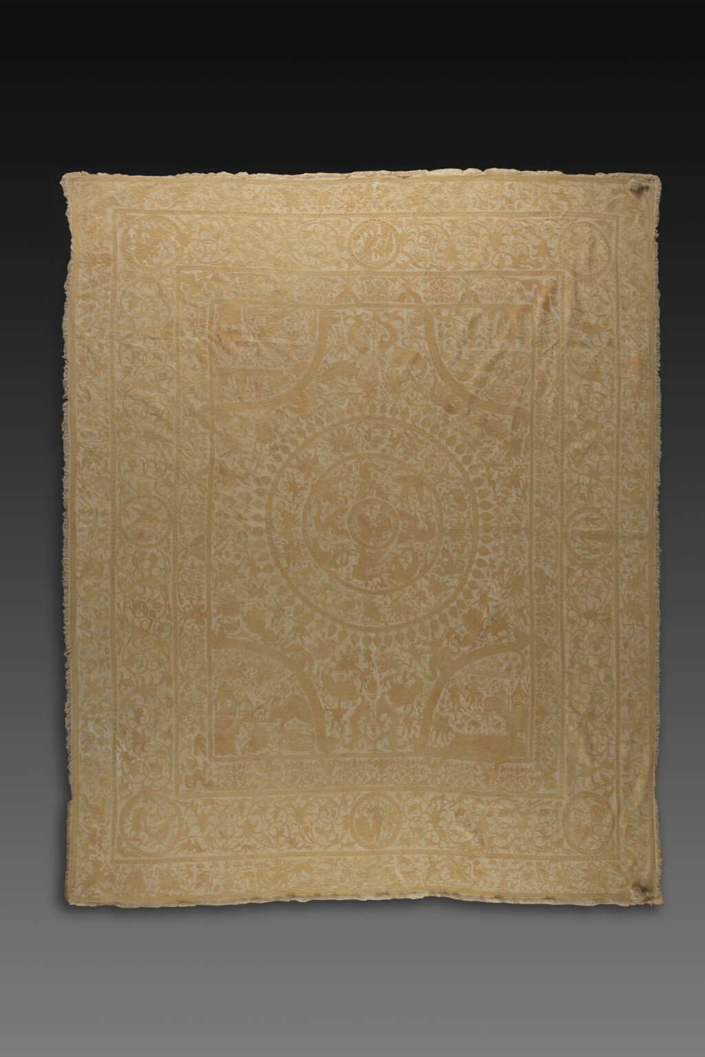 INDO-PORTUGUESE, BENGAL, FIRST HALF 17TH CENTURY | EMBROIDERED COVERLET (COLCHA)