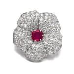 Cartier | Ruby and diamond brooch, circa 1937 | 卡地亞 | 紅寶石配鑽石別針, 約1937年