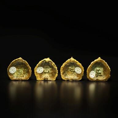 View 3. Thumbnail of Lot 105. A set of four small gilt-bronze 'Guardian King' plaques, Tibet, 16th / 17th century | 西藏 十六 / 十七世紀 銅鎏金四大天王牌一套四件.