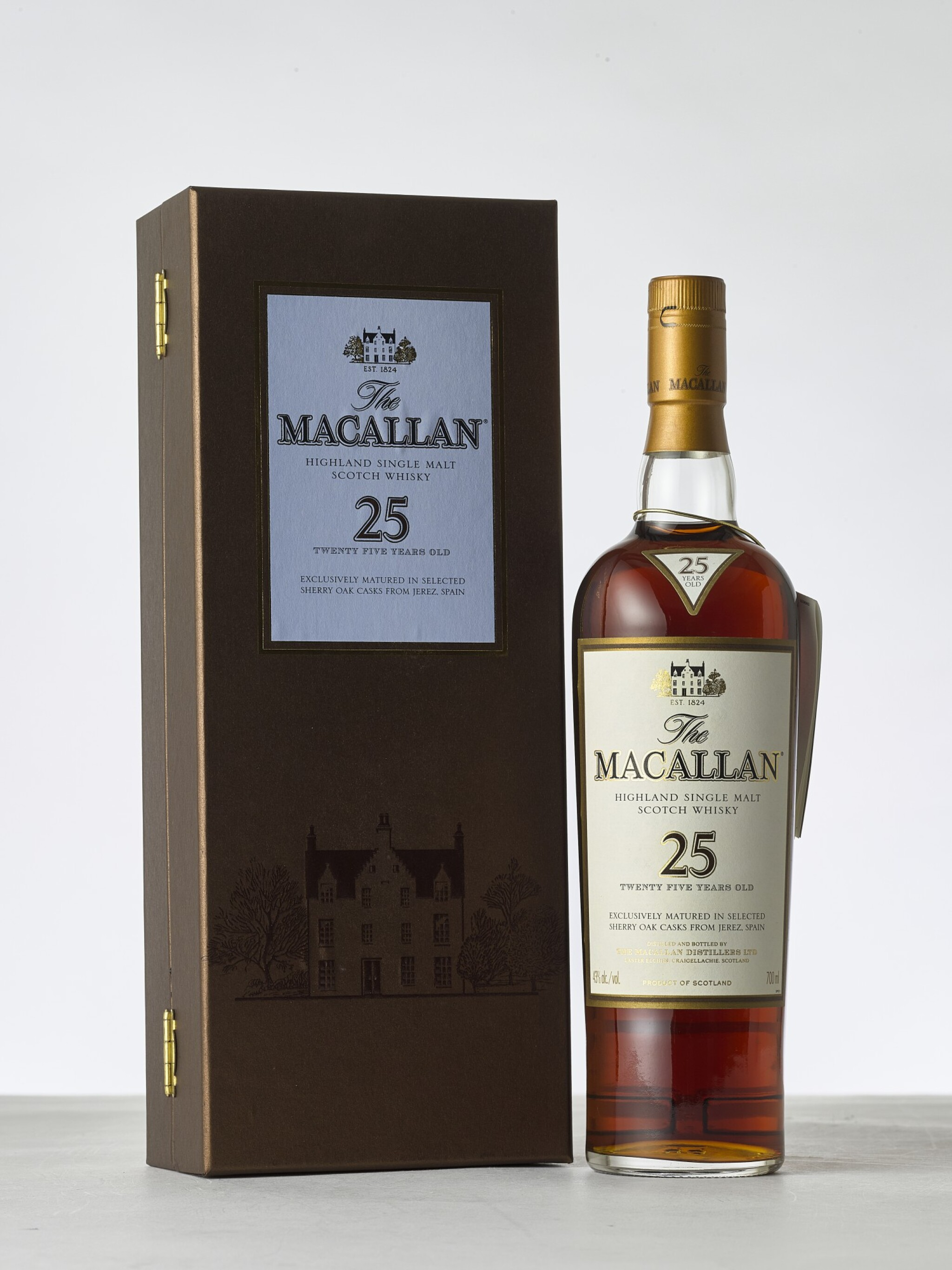 View full screen - View 1 of Lot 2023. Macallan, 25 Year Old Sherry Cask NV (1 BT70).