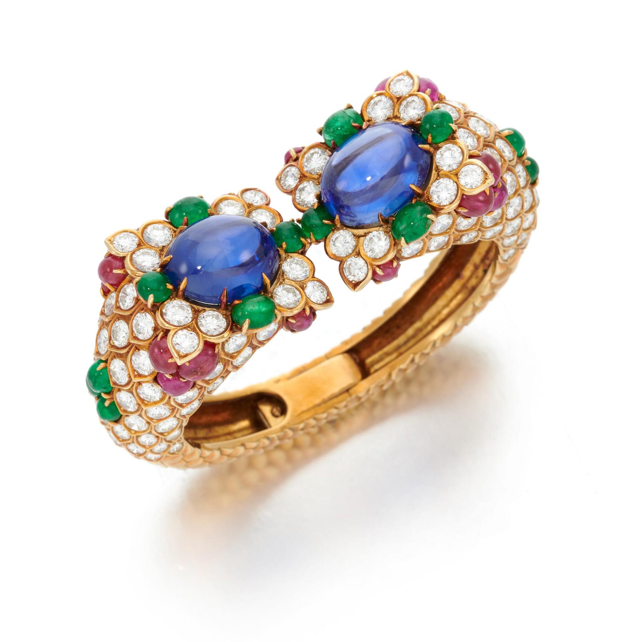 View full screen - View 1 of Lot 77. Sapphire, emerald, ruby and diamond bracelet (Bracciale con zaffiri, smeraldi, rubini e diamanti).