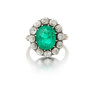 View 2. Thumbnail of Lot 9. Emerald and diamond ring (Anello con smeraldo e diamanti), 1910.
