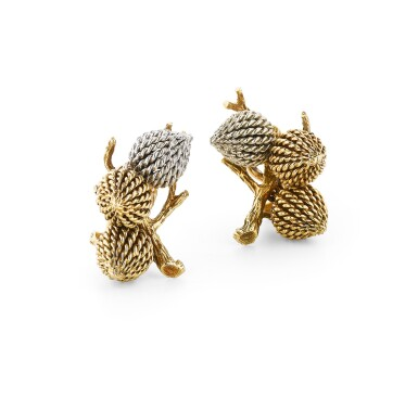 View 1. Thumbnail of Lot 111. Paire de clips d'oreille or | Pair of gold ear clips.