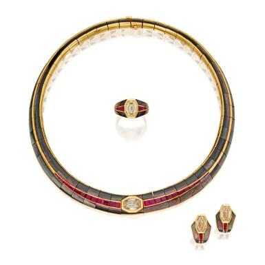 SUITE OF GOLD, MOTHER-OF-PEARL, RUBY AND DIAMOND JEWELS, PATEK PHILIPPE   黃金鑲珍珠母配紅寶石及鑽石首飾套裝,Patek Philippe