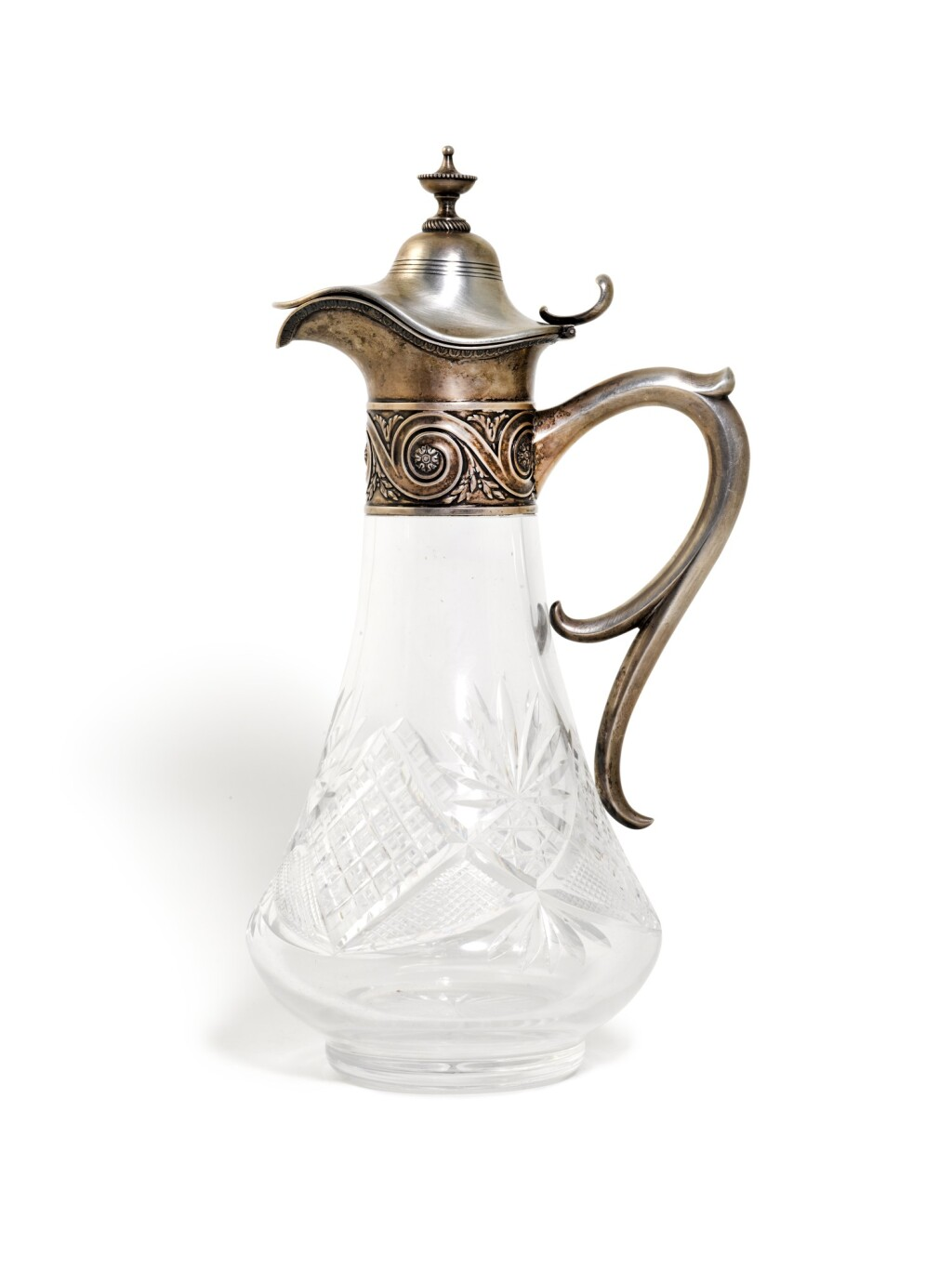 A SILVER-MOUNTED CUT-GLASS DECANTER, GRACHEV BROTHERS, ST PETERSBURG, 1908-1917