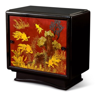 View 2. Thumbnail of Lot 2031. Truong Van Thanh | A lacquer cabinet with a panel decorated with fish 漆木櫃, 畫板彩繪金魚.