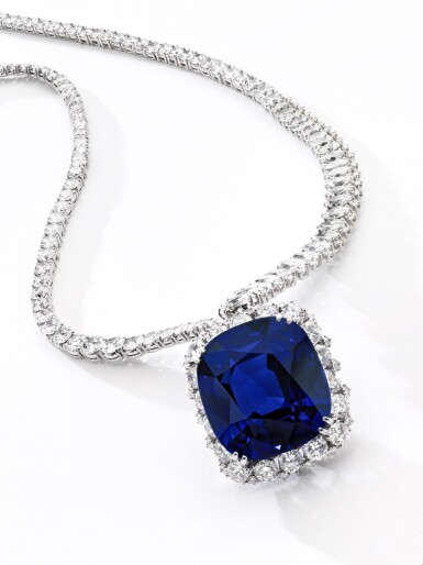 View 4. Thumbnail of Lot 178. Harry Winston | Exceptional and important sapphire and diamond necklace | 海瑞溫斯頓 | 藍寶石配鑽石項鏈.