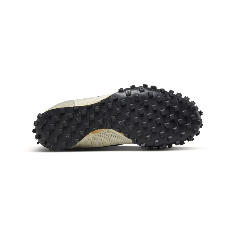 Nike Astro Grabber