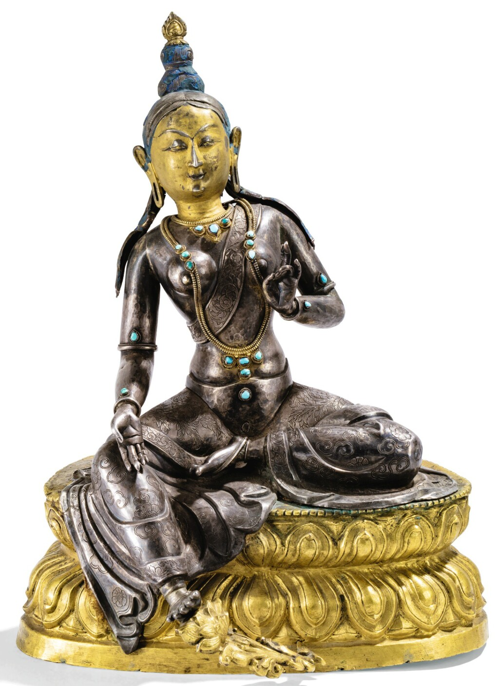 STATUETTE DE SYAMATARA EN CUIVRE DORÉ ET ARGENTÉ TIBET, XVIIIE SIÈCLE |  西藏 十八世紀 銀及鎏金銅嵌寳綠度母坐像 | A silver and gilt-copper figure of Syamatara, Tibet, 18th century