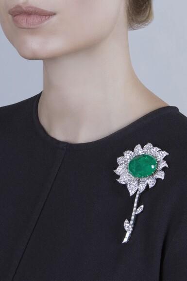 View 2. Thumbnail of Lot 99. Van Cleef & Arpels [梵克雅寶] | Emerald and Diamond Clip-Brooch, France [祖母綠配鑽石別針].