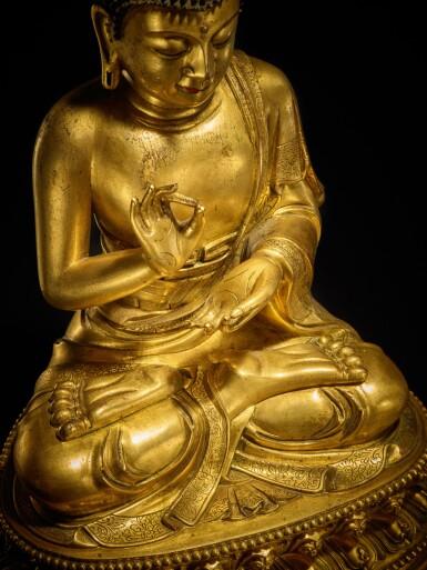 View 6. Thumbnail of Lot 60. A large gilt-bronze figure of Dipankara Buddha, Qing dynasty, Kangxi period | 清康熙 銅鎏金燃燈佛坐像.