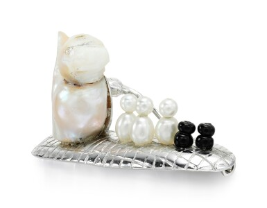 View 2. Thumbnail of Lot 275. GEOFF ROWLANDSON | CULTURED PEARL AND ONYX BROOCH.
