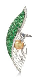 CULTURED PEARL, GEM SET AND DIAMOND BROOCH   養殖珍珠 配 寶石 及 鑽石 別針