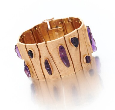 View 1. Thumbnail of Lot 122. Amethyst bracelet (Bracciale con ametiste).
