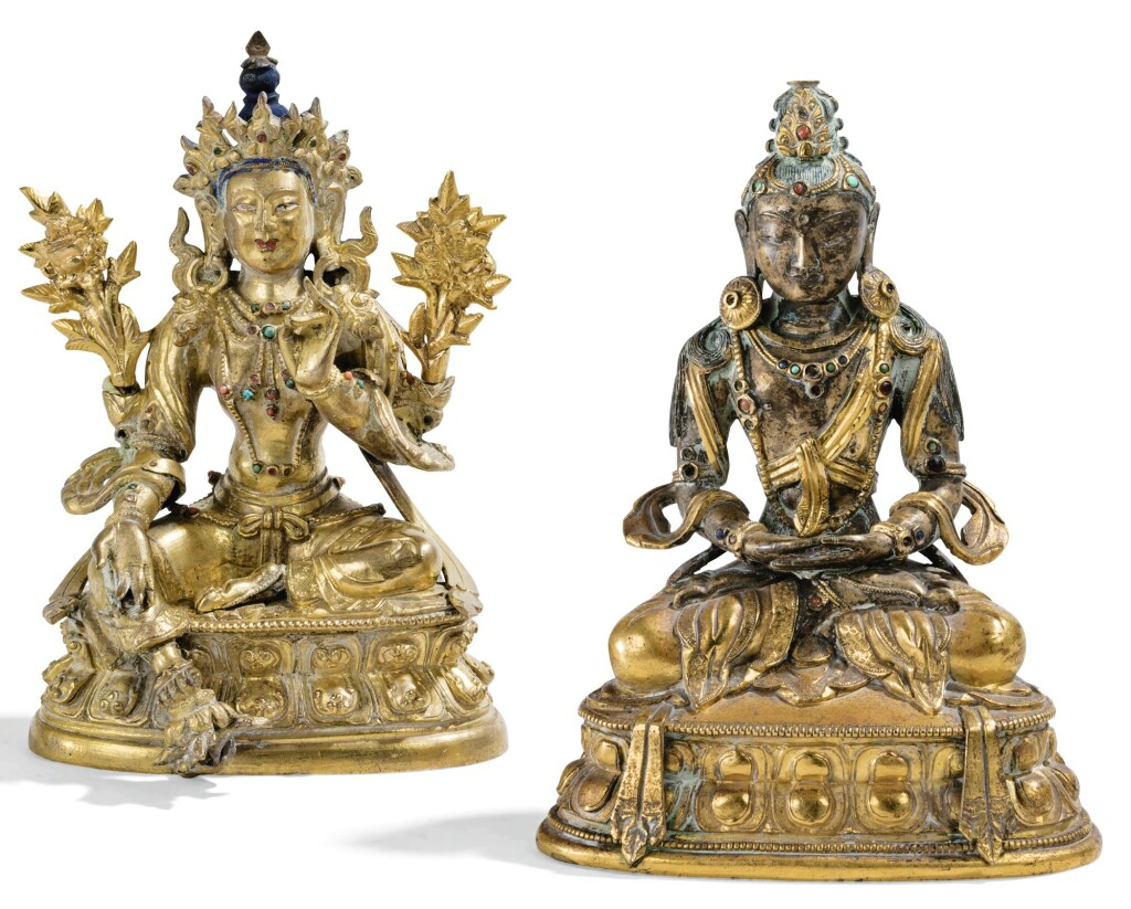 DEUX STATUETTES DE DIVINITÉS EN BRONZE DORÉ DYNASTIE QING, XIXE SIÈCLE | 清十九世紀 鎏金銅無量壽佛坐像 及 清十九世紀 鎏金銅綠度母坐像 | Two gilt-bronze figures of Green Tara and Amitayus, Qing Dynasty, 19th century