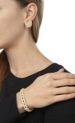 GOLD AND DIAMOND BRACELET AND PAIR OF EARCLIPS, HENRY DUNAY