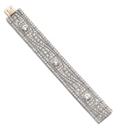 View 1. Thumbnail of Lot 602. Diamond bracelet, 1930s   鑽石手鏈, 1930年代.