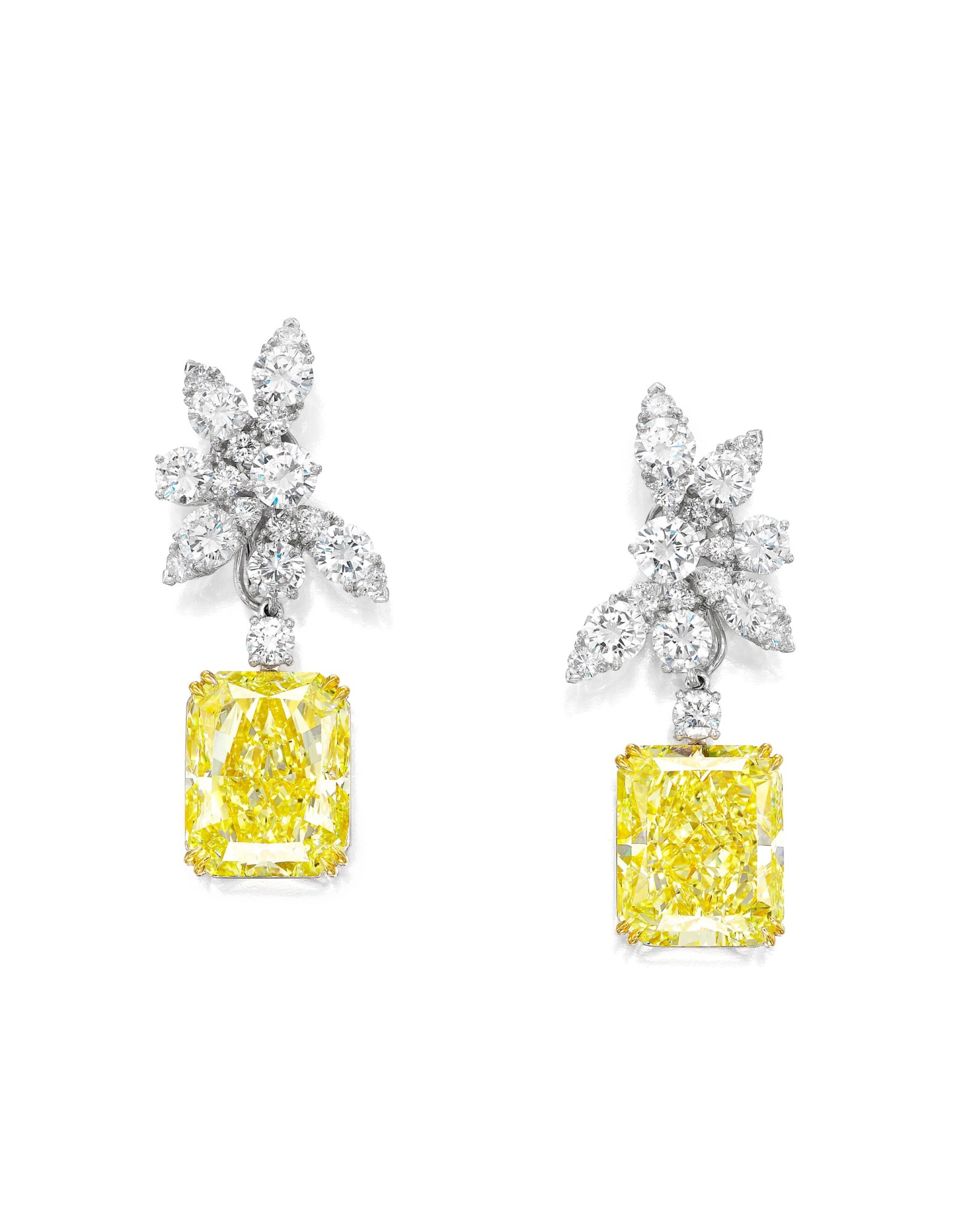 View full screen - View 1 of Lot 1717. PAIR OF FANCY YELLOW DIAMOND AND DIAMOND PENDENT EARRINGS, THE TOPS BY VAN CLEEF & ARPELS | 梵克雅寶 鑽石耳環 配 17.64及17.54卡拉 彩黃色 內部無瑕(IF)鑽石耳墜一對.
