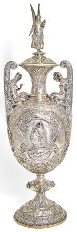 THE ROYAL LONDON YACHT CLUB JUBILEE CUP. A VICTORIAN SILVER TROPHY VASE AND COVER AFTER DESIGNS AND MODELS BY RAFFAEL MONTI AND OWEN JONES, HANCOCKS & CO., LONDON, 1882/1887