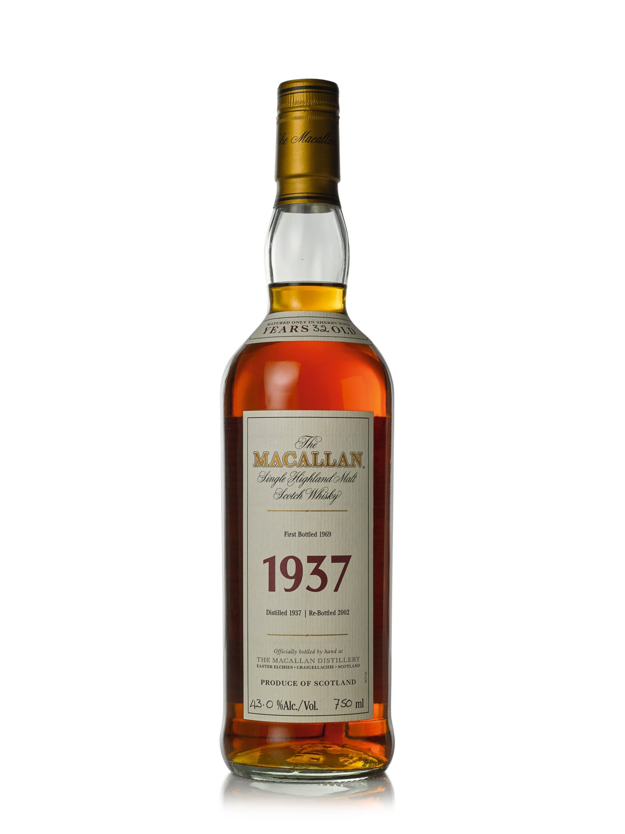 View full screen - View 1 of Lot 30. The Macallan Fine & Rare 32 Year Old 43.0 abv 1937 (1 BT75cl).