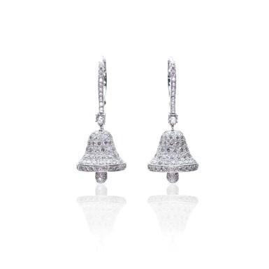 PAIR OF DIAMOND EARRINGS, MICHELE DELLA VALLE