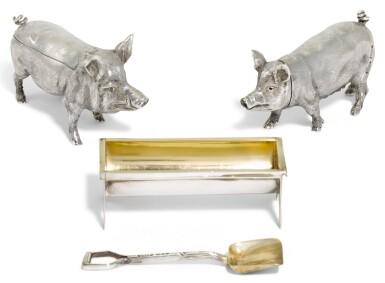 AN ELIZABETH II SILVER NOVELTY PIG CONDIMENT SET, B S E PRODUCTS, LONDON, 1983, RETAILED BY ASPREY