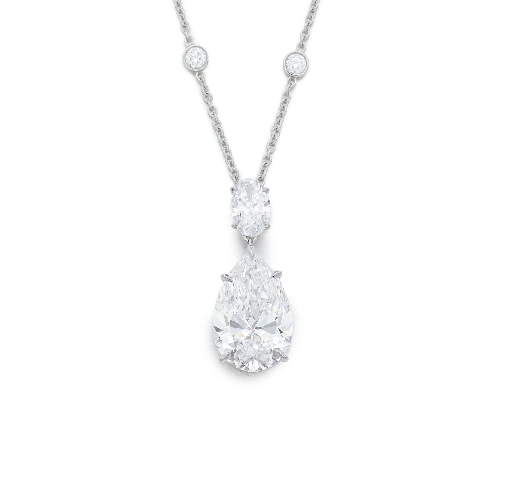 View full screen - View 1 of Lot 1715. Diamond Necklace   蒂芙尼   10.01克拉 梨形 D色 完美無暇 鑽石 項鏈.