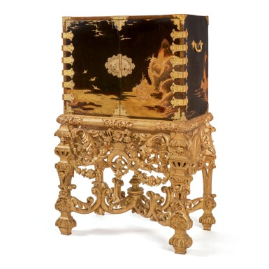 A JAPANESE BRASS-MOUNTED LACQUER CABINET ON A CARVED GILTWOOD STAND, THE CABINET EDO PERIOD, LATE 17TH/EARLY 18TH CENTURY, THE STAND LATER